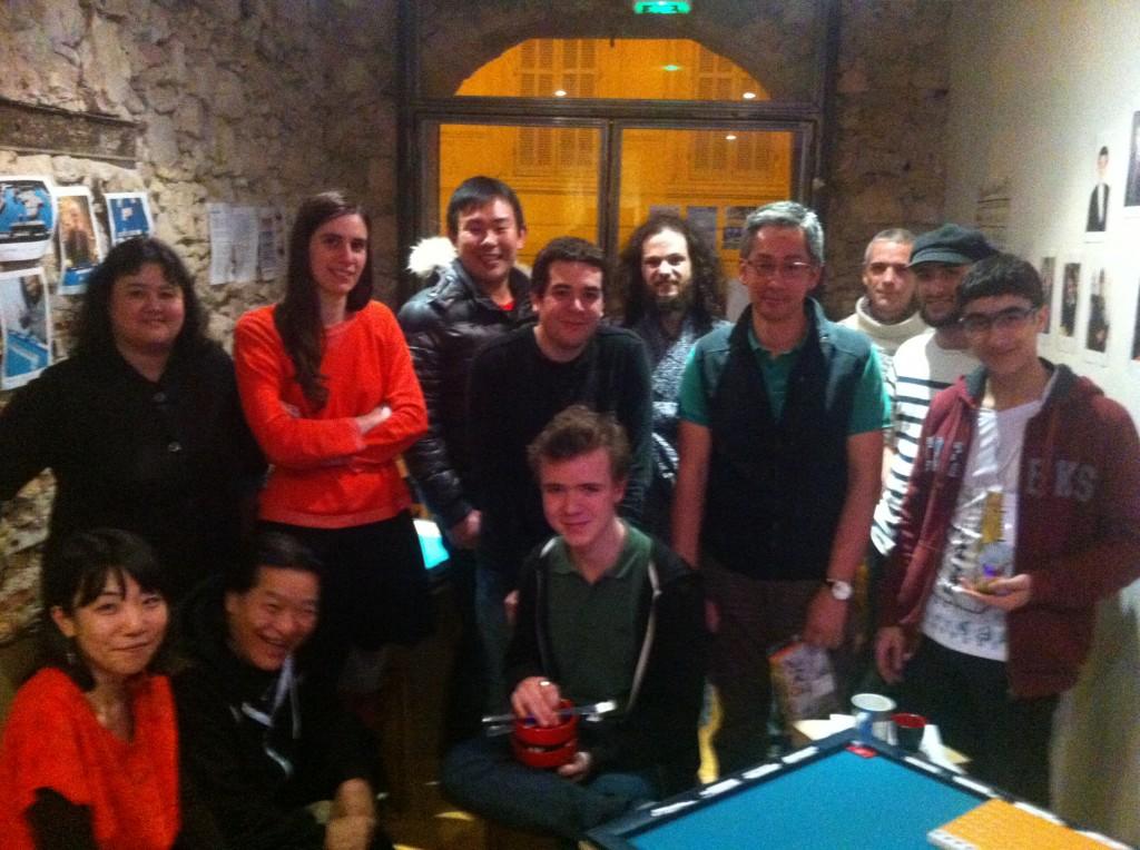 Les participants du tournoi. Désolé pour la qualité de la photo !